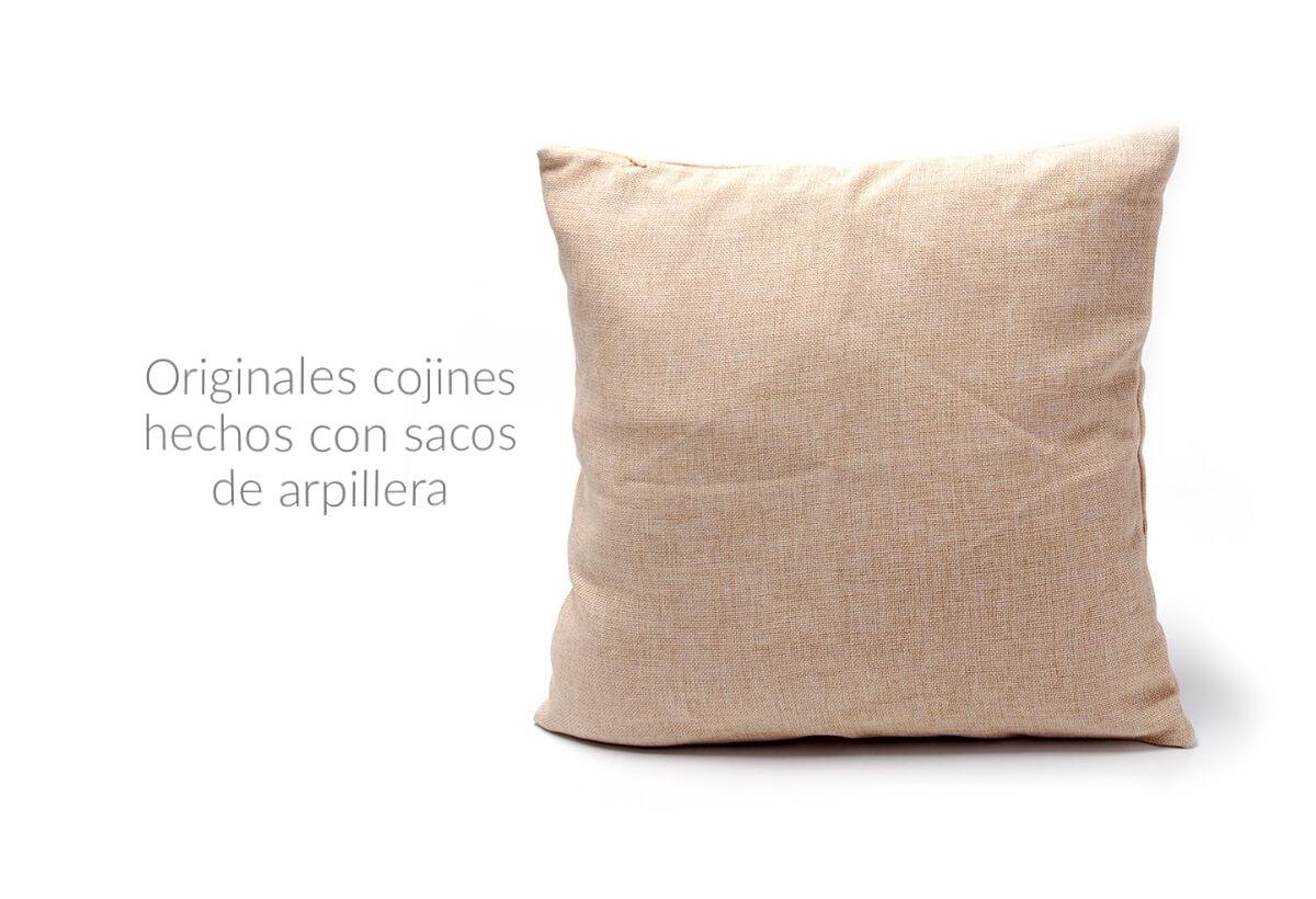 Originales Cojines Hechos Con Sacos De Arpillera Deyute